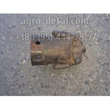 Держатель СМД2-1931 грузов пускового двигателя ПД 10 двигателя А 41
