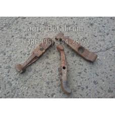 Рычаг отжимной главной муфты Т25-1601094 сцепления, трактора Т 40