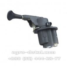 Кран тормозной 100-3537010   обратного действия с ручным управлением,колесного автомобиля ЗИЛ 133ГЯ